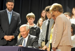 Governor signs anti-bullying bill at Madison Middle